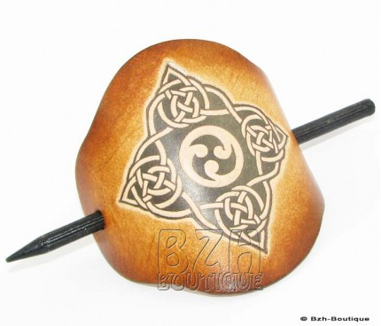Leather hair slide- Knotwork in diamond